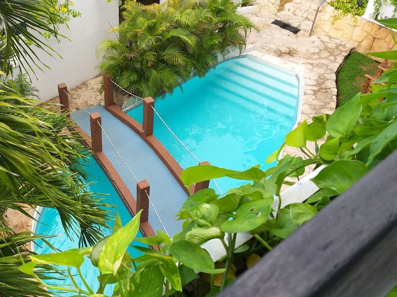 WATER, 2 DOUBLE BEDS POOL VIEW