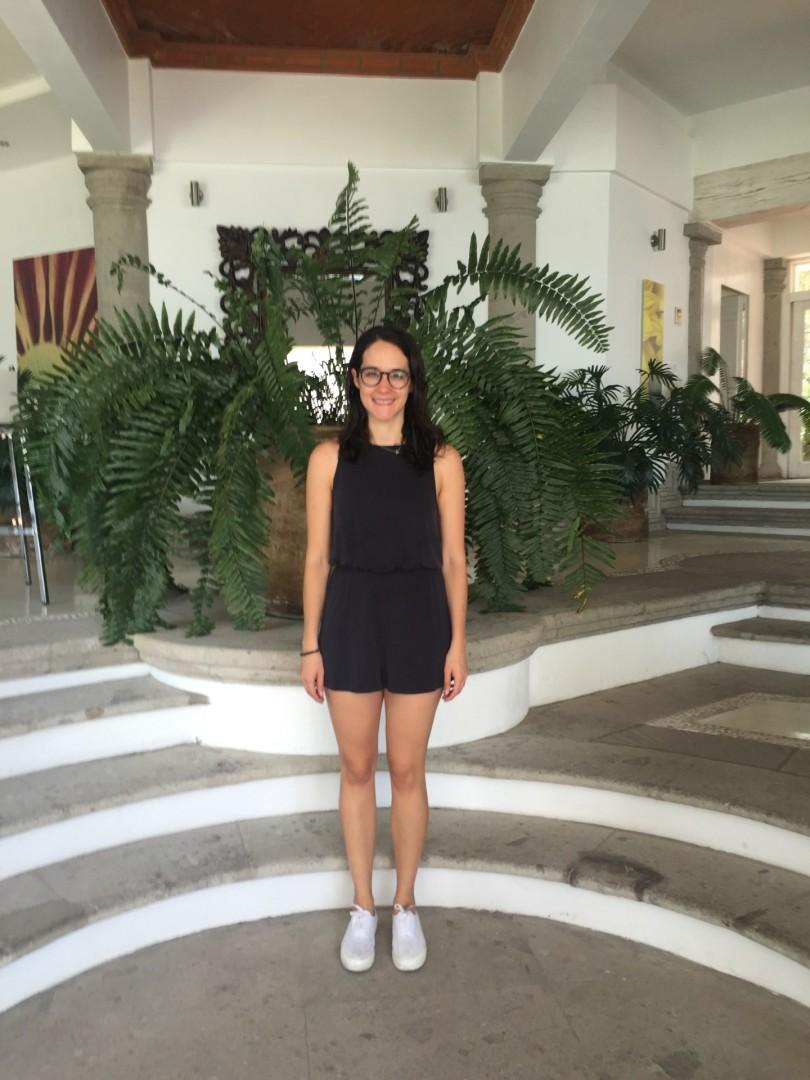 Ventaneando en hotel de la ciudad de mexico con foxyhotwifecdmx su esposo cogiendonos sin condon a las dos - 4 10