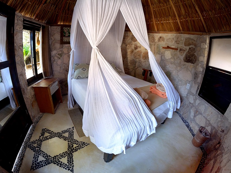 BUNGALOW GARDEN VIEW, SHARED BATHROOM
