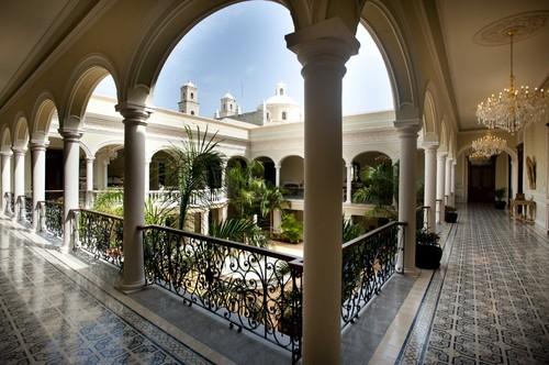 Mansion Merida on the Park