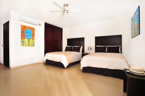 REGULAR 2 double beds