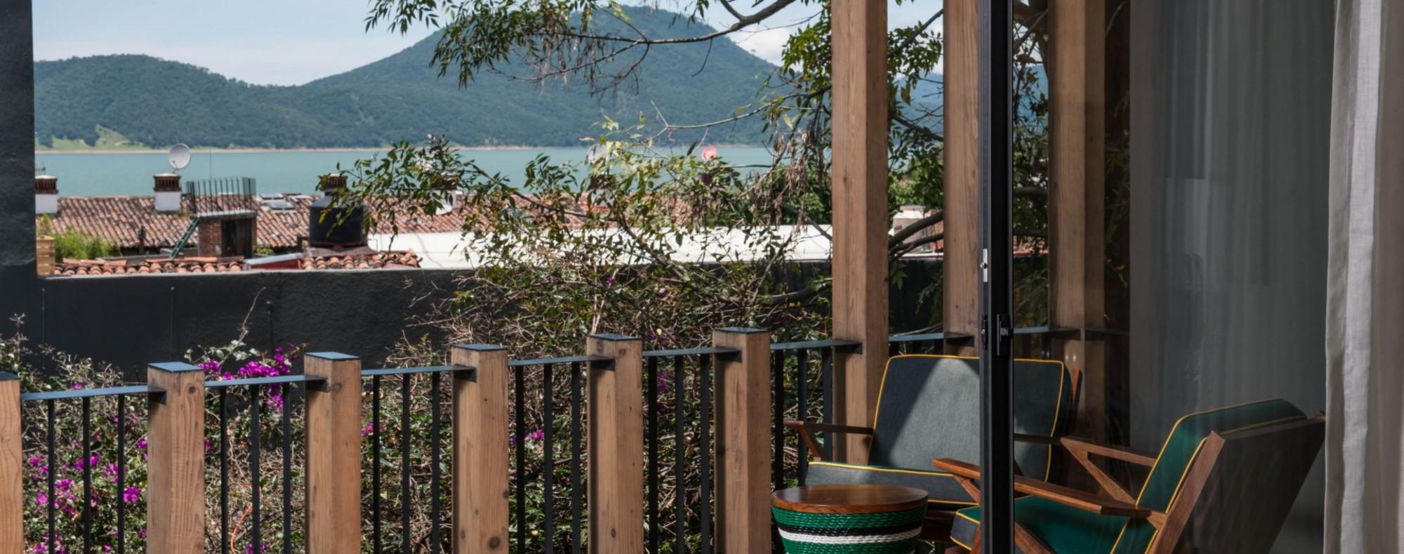 La Master Suite en la Suite con vista al lago de Valle de Bravo
