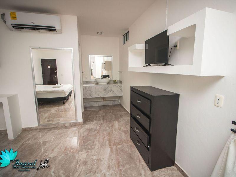Awazul Suite
