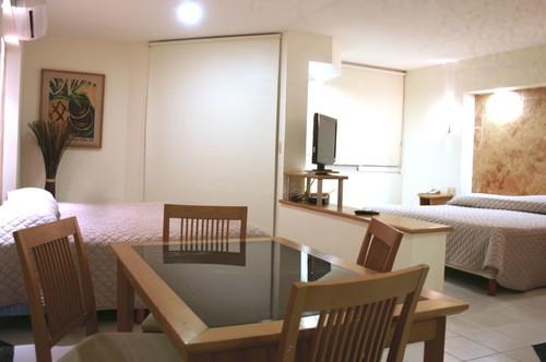 Angeles Suites Hotel